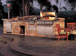 custom outdoor bbq kitchens interesting custom outdoor kitchens
