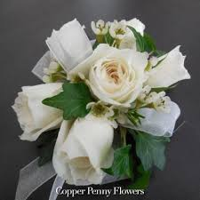 Corsage And Boutonniere Prices Order Corsages And Boutonnières And Fresh Flowers From Local