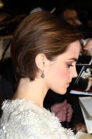 emma watson hairdos easy step by step cute side parted combed back bob cut emma watson short