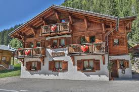 chambre d hotes morzine chambres d hôtes bed and breakfast chalet manava chambres d hôtes