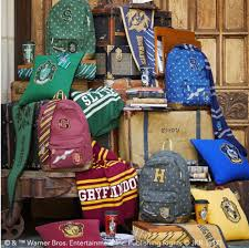 check out pottery barn teens u0027 awesome new harry potter decor line