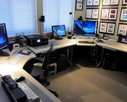 Multi Computer Desk 37 Best Workspace Multiple Monitor Images On Pinterest Home
