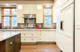 inexpensive kitchen cabinets kitchen cabinets des moines ia refcing discount kitchen cabinets des