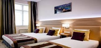 hotel lyon chambre familiale hôtel 3 étoiles à lyon centre historique parking privé wifi