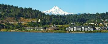 lodging river oregon best western plus river inn waterfront hotel river oregon