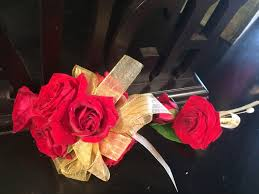 Corsages And Boutonnieres For Prom Prom Party Wrist Corsage Boutonnière Pr 022