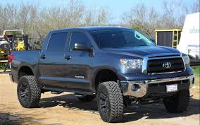 toyota tacoma jacked up toyota rizzides stunning toyota tundra for sale thats a real