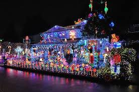 Home Depot Offering To Trade In Energy Guzzling Xmas Lights For Leds