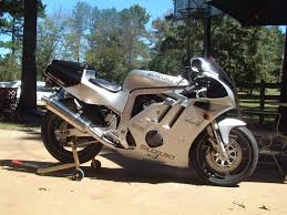 suzuki motorcycle photo of the day page 4