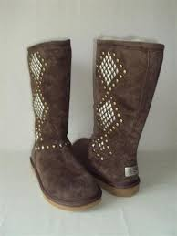 s ugg australia burgundy plumdale charm boots 15 best uggs images on uggs boots for and boots