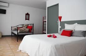 chambre d hotel 4 personnes chambre handicapée adaptée aux personnes à mobilité réduite pmr 4