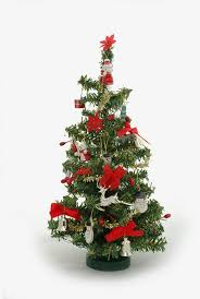 images of decorating a small tree ideas