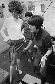 pubic hair in the 1960s mary quant swinging sixties miniskirts pictures years 60 s