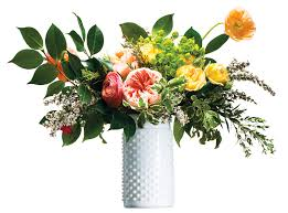 floral bouquets coming up roses how to arrange flower bouquets step by step