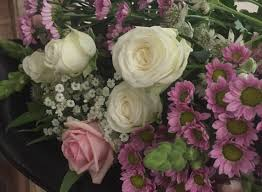affordable flower delivery affordable flower delivery luxury flowers pre order bunches