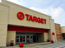 target lines up grocery leader to improve its grocery business