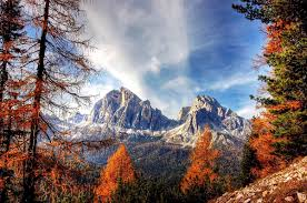 italy in autumn 5 amazing places to visit the crowded planet
