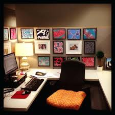 office design decorate office cubicle diy decorate office