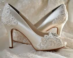 2 inch heel wedding shoes wedding shoes lace wedding heels pb826a vintage by pink2blue