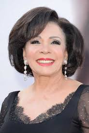 hairstyles for 70 year old woman dame shirley bassey chic hairstyles oatmeal mask pinterest