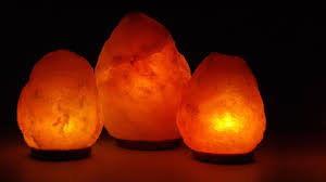 himalayan light salt crystal l put himalayan salt l in your bedroom and this will happen youtube