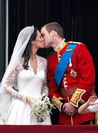 kate middleton wedding dress kate middleton s mcqueen wedding dress vogue