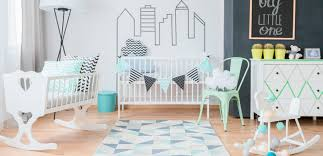 chambre bébé les 8 indispensables pour la chambre de bébé