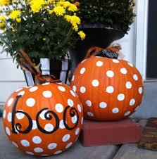 easy pumpkin decorations car paint for dots and marker for boo