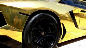 lamborghini veneno gold lamborghini aventador lp 700 4 worlds first gold supercar 2012
