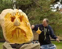 New York Botanical Garden Pumpkin Carving by Giant Pumpkin Carving In New York City Photos Halloween