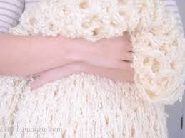how to arm knit a blanket in one hour the original tutorial