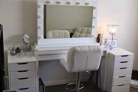 Bedroom Vanity Table With Drawers Makeup Vanity Table With Ideas And Awesome Bedroom Drawers Mirror