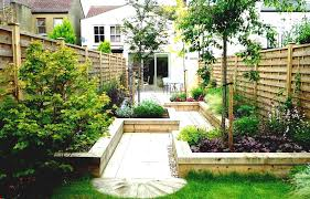 Landscaping Ideas For Small Yards by Yard Landscaping Ideas For Small Gardens Budget Front Garden
