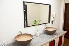 retro badezimmer retro badezimmer und dekoration im hotel stockfoto bild 75494728