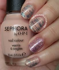work appropriate water marble on short nails with neutral colors