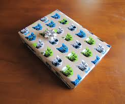 how to perfectly wrap a gift box with decorative wrapping paper