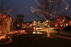 christmas light display synchronized to music picktown lights we never miss it about 22 houses computer