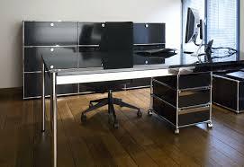 bureau de ergonomie et luxe pour une ambiance de travail unique