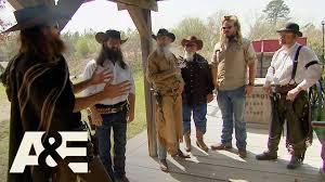 duck dynasty halloween costumes duck dynasty the robertsons u0027 best shot season 10 episode 5