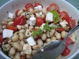 cuisiner les haricots blancs frais salade de haricots blancs et feta recette ptitchef