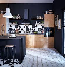 cuisine noir mat et bois mat deco bois 1001 id es cuisine noir mat et bois l gance et sobri