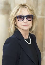 felicity kendal haircut felicity kendal shows off au natural after scrapping botox for a