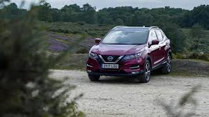 suv nissan peugeot 3008 suv vs nissan qashqai where should your money go