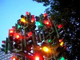crazy christmas tree lights crazy traffic lights in london youtube