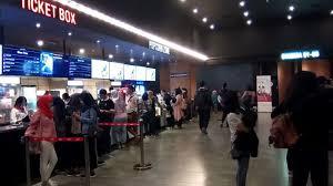 cgv mim tayang perdana film posesif cgv metro indah mall bandung diserbu