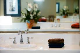 Household Items To Unclog A Bathtub Drain How To Unclog A Bathtub Drain With A Plunger