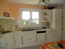renovation cuisine rustique chene repeindre des meubles de cuisine rustique meuble cuisine rustique