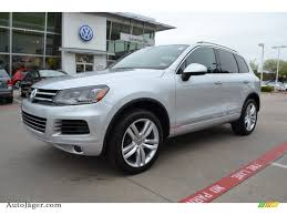 volkswagen touareg 2013 2013 volkswagen touareg tdi executive 4xmotion in cool silver