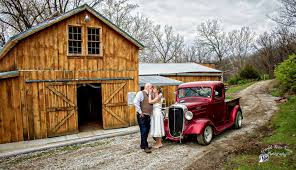 Wedding Barns In Missouri Country Weddings At Crooked River Farm Country Weddings At