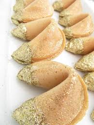 new year s fortune cookies edible gold glitter dipped fortune cookies image via ps i made